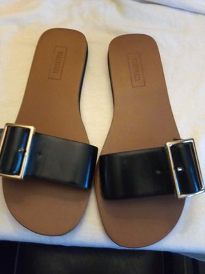 FOREVER 21 SANDALS SIZE 5.5 for Sale in Escondido, CA