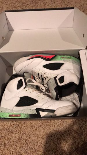 Air Jordan retro 5s (space jam) size11 with original box for Sale in Wichita, KS