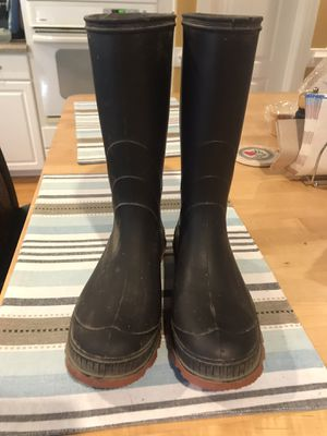 rain boots for Sale in Fuquay-Varina, NC