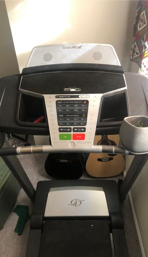 NordicTrack Treadmill (no incline, pick up only) for Sale in Hampton, VA