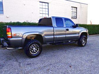 $1,2OO I'm selling urgentl 2OO1 Chevrolet Silverado. for Sale in Bartonville,  IL