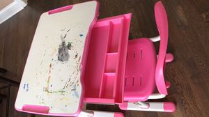 Vivo kids height adjustable desk and chair set for Sale in Naperville, IL