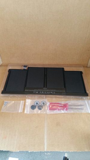 "A1377/A1405/A1466/A1369/A1496 battery(macbook air 13""). for Sale in Lynwood, CA"