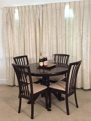 Kitchen Table 4 Chairs for Sale in Norwalk, CA