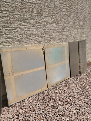 Plywood. 45,5×39-one piece . 44,5×39 -one piece . 47 x19,5- 2 piece . Pickup only, near to : 6105 S. Fort Apache Rd, 89148. for Sale in Las Vegas, NV