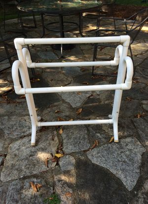 Towel rack for outdoor for Sale in Marlboro Township, NJ