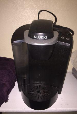 Keurig coffee maker for Sale in Cedar Creek, TX