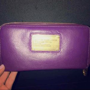 Marc by Marc Jacobs continental zip wallet for Sale in Chicago, IL