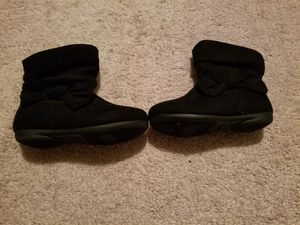 7c toddler girl boots for Sale in Fairport, NY