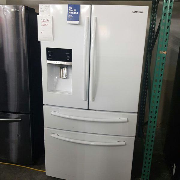 White SAMSUNG Flexdrawer French Door Refrigerator