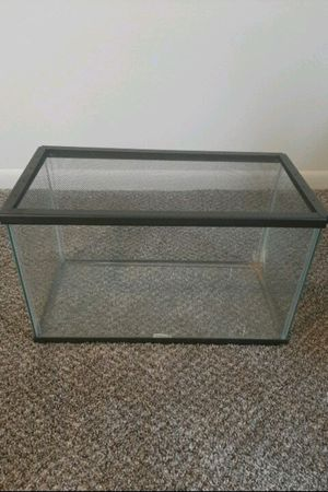 10 gallon tank for Sale in Salisbury, MD