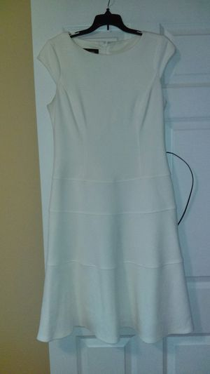 White Dress - Black Labels for Sale in Kent, WA