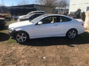 2013 Mercedes Benz ***PARTS CAR*** for Sale in Von Ormy, TX