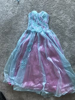 Beautiful quinceanera/ prom dress for Sale in Miami Beach,  FL