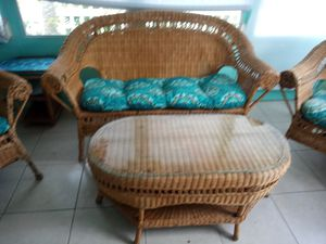 Beautiful vintage woven wicker couch two chairs end table for Sale in Vero Beach, FL