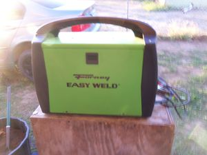 easy weld wire feed welder! for Sale in San Antonio, TX