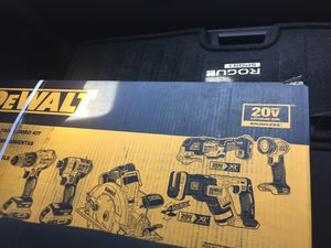 Dewalt 6 piece & 2 piece tool kit for Sale in Tampa, FL