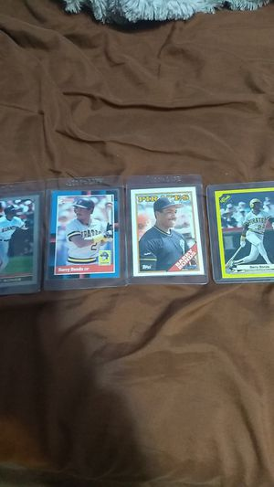 4 Barry Bonds Cards; One 1986 rookie card for Sale in Holden, MA
