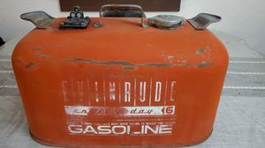 6 gallon evinrude outboard motor fuel tank for Sale in Caldwell, ID