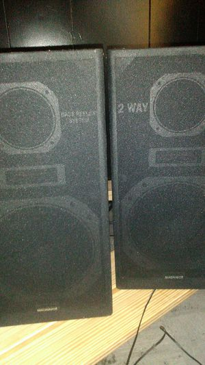 Magnavox 2 way bass reflex system speakers for Sale in Little Rock, AR