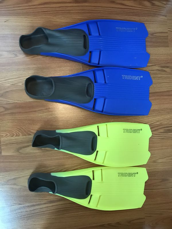 Trident Flippers - 2 pairs