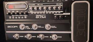 Zoom G7.1ut multi-effects processor w/case for Sale in Midland, MI