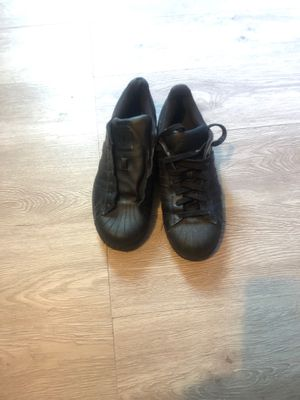 Black Shell toe Adidas for Sale in Huron Charter Township, MI