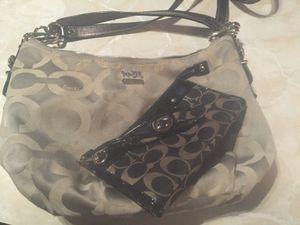 Coach purse & wallet for Sale in Seattle, WA