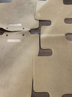 Infiniti QX60 Carpeted Floor Mats for Sale in Oregon City,  OR