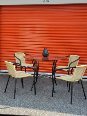 Dual Usage, Indoor/Outdoor, Bar Height, Dining/Kitchen Table & Bar Chair Set for Sale in Hampton, VA