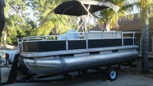 2006 Sun Tracker pontoon 4 stroke for Sale in Corona, CA