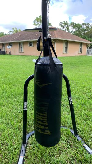 Everlast Punching Bag Brand New! for Sale in Loxahatchee, FL