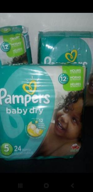 Diapers pampers size 5 $6 each bags for Sale in Dallas, TX