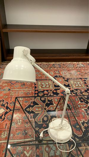 White Adjustable Desk Lamp w/ USB Plug In for Sale in Los Angeles, CA