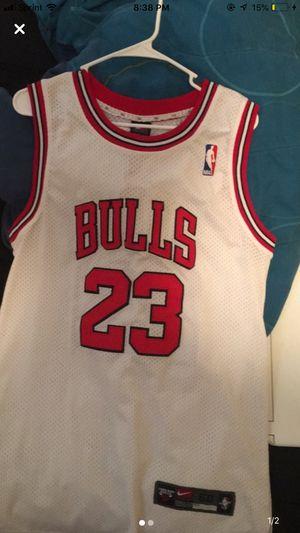 Bulls Jersey Sz L for Sale in Davenport, IA