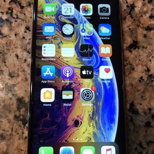 Apple iPhone XS 64gb Silver White Cricket Only for Sale in Corona, CA