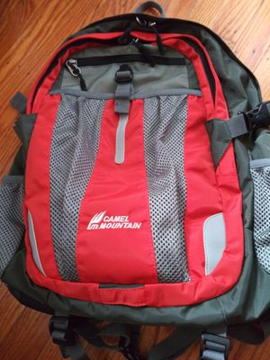 Camel Mountain Backpack Orange 2 -Tone NOS for Sale in Brooklyn, NY