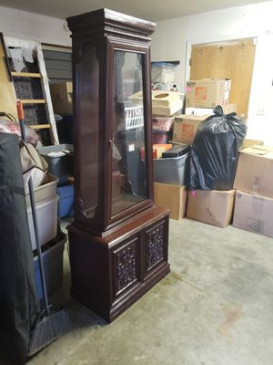 Antique China hutch for Sale in Madera, CA