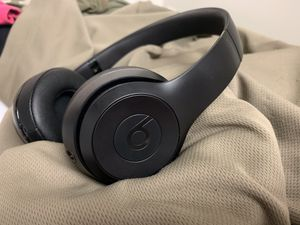 ***LIKE NEW*** Beats Solo3 Headphones for Sale in Fort Leonard Wood, MO