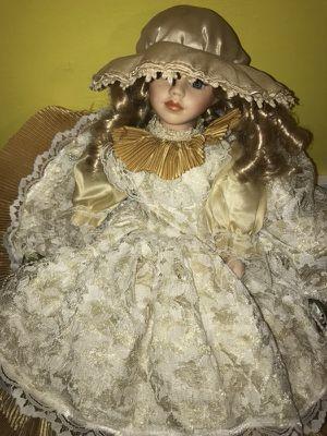 Porcelain Antique doll for Sale in Greenville, SC