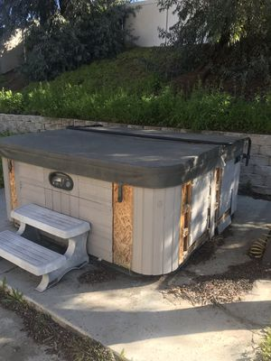 Hotsprings Spa hot tub for Sale in Riverside, CA