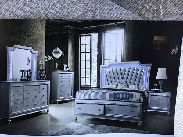 Brand new queen size bedroom set $1499.financing available no credit needed