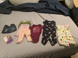 0-3 month baby girl clothes for Sale in Minneola, FL