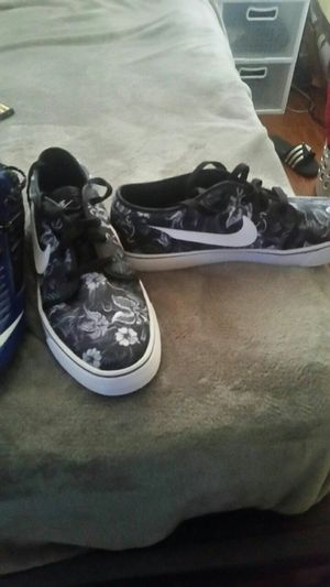 Nike shoes for Sale in Sanger, CA