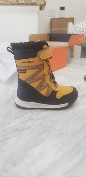 Merrell toddler snow boots for Sale in Redondo Beach, CA