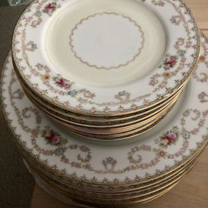 Orion Fine China Floral Japan dinner salad dessert plates for Sale in Placentia, CA