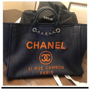 Chanel deauville bag for Sale in Austin, TX