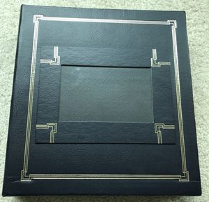 Thompson Hardcover 3 Ring Blue Photo Picture Album w 50 Magnetic Pages for Sale in Chicago, IL