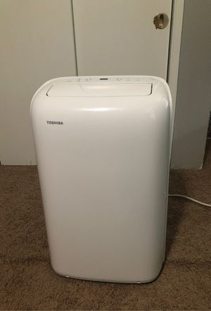 Toshiba 12,000 BTU (8,000 BTU, DOE) 115-Volt Portable AC with Dehumidifier for Sale in Olympia, WA