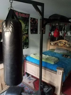 Heavy Duty boxing stand combo for Sale in Inglewood, CA